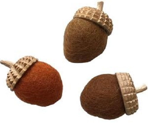 Acorns Natural 9pcs