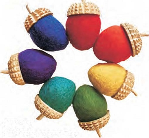 Rainbow - Acorns 7pcs